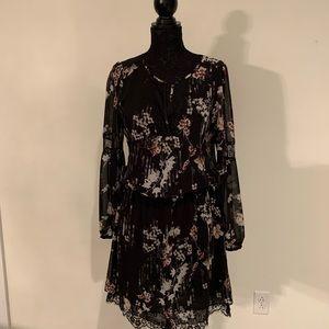 WHBM Black Floral Dress w Lace Hem Sz 14